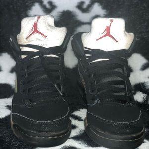 Nike Jordans big boys shoes size: 6